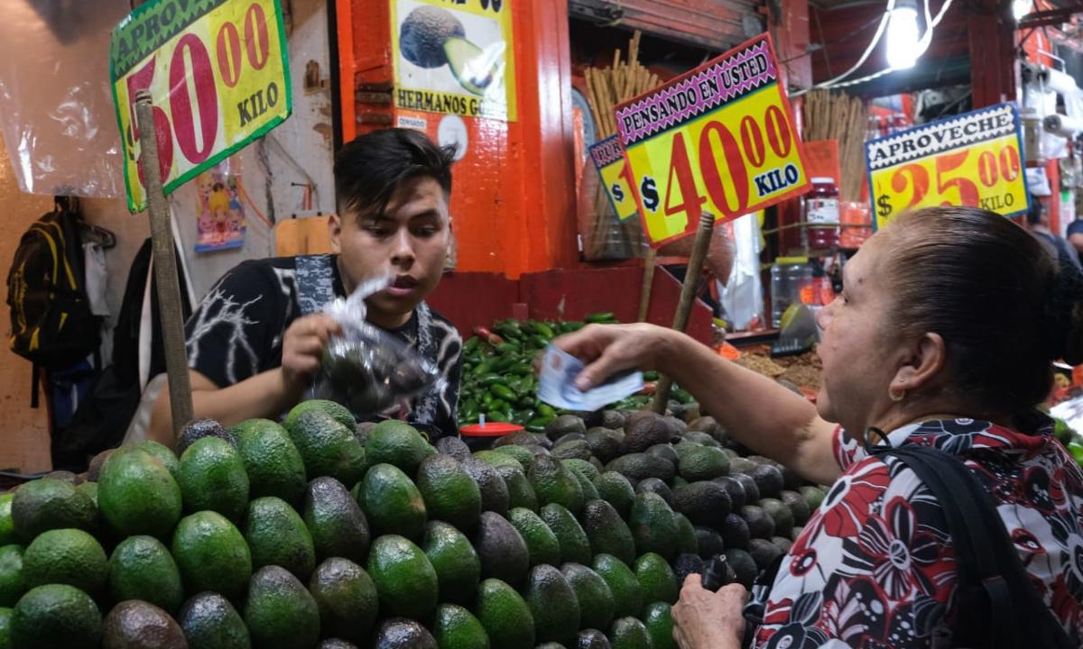 Carne, huevo, frutas… La canasta básica, fuera del alcance de más de un tercio de trabajadores mexicanos
