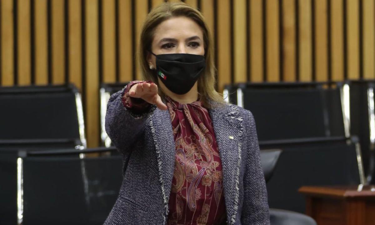 Consejera Carla Humphrey será puntal en bloque de contrapeso a Lorenzo Córdova