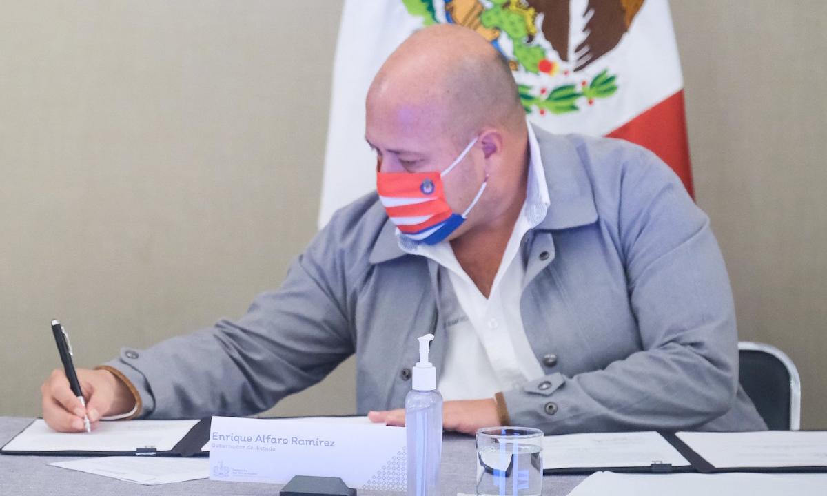 Los gastos frívolos de Alfaro en la pandemia: obras a la basura, pisos nuevos...