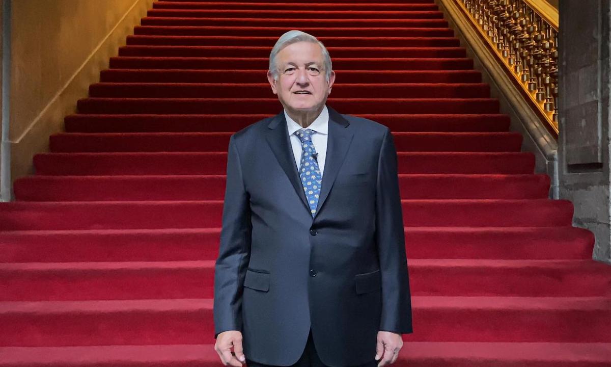 AMLO anunció su recuperación de Covid en Palacio Nacional.