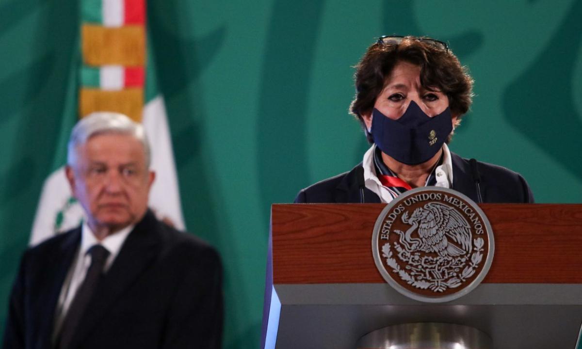 Delfina Gómez: secretaria de Educación.