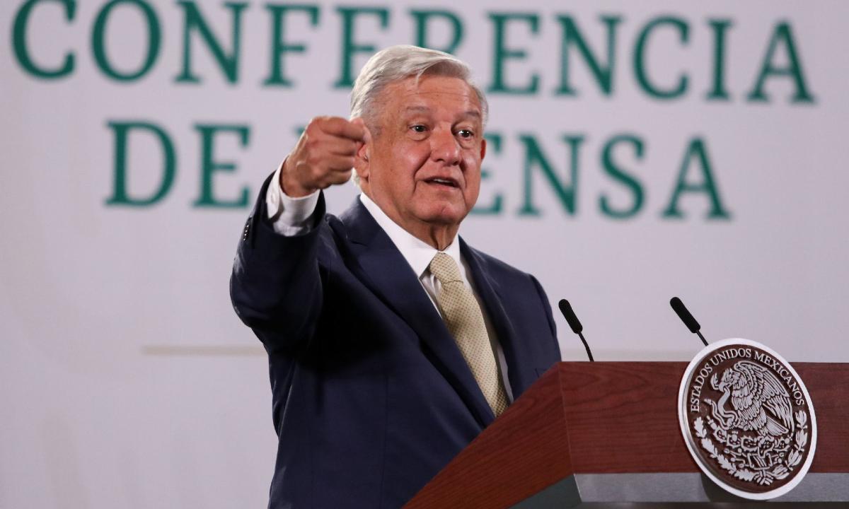 """AMLO """"mete mano"""" política en Nuevo León; Samuel y Adrián, en la picota"""
