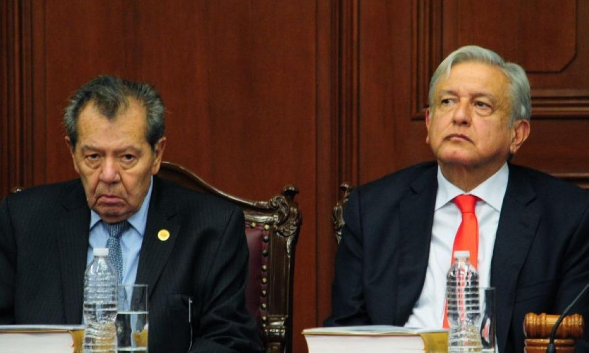 AMLO aplica ley de hielo a Muñoz Ledo.