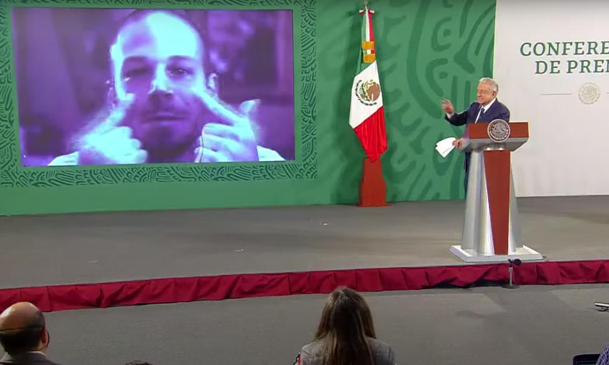 AMLO y Calle 13.